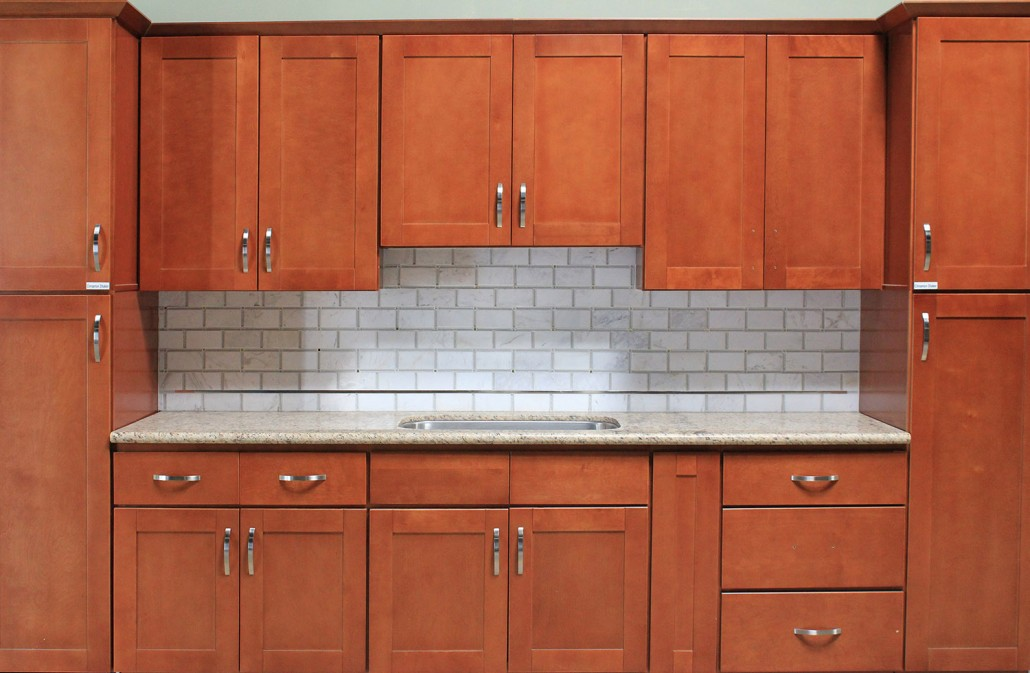Cinnamon shaker kitchen cabinet kitchen cabinets south for Cinnamon colored kitchen cabinets