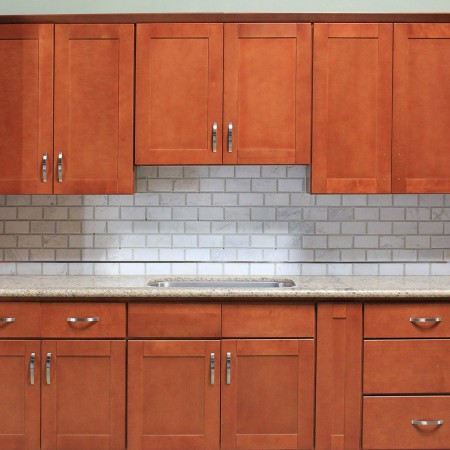 Cinnamon shaker kitchen cabinet kitchen cabinets south for Shaker kitchen cabinets wholesale