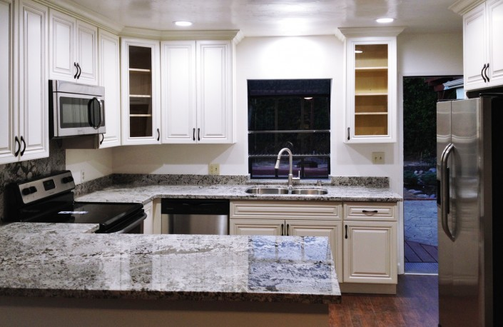 White Shaker Cabinets For Your Kitchen
