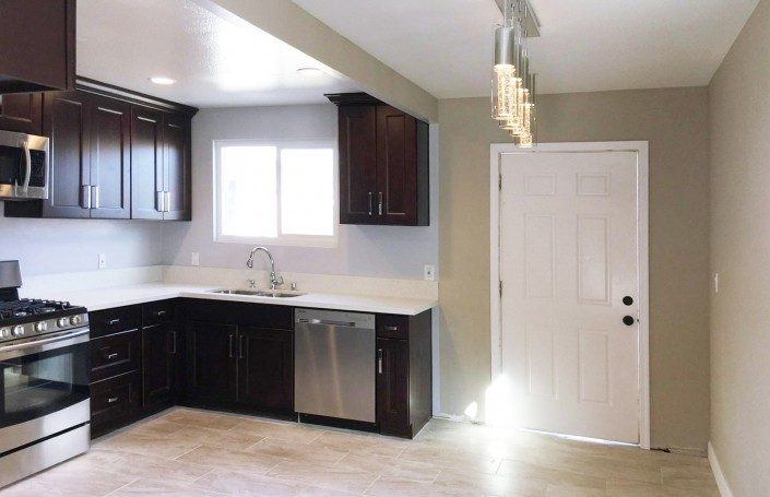 Beautiful Wholesale Kitchen Cabinets