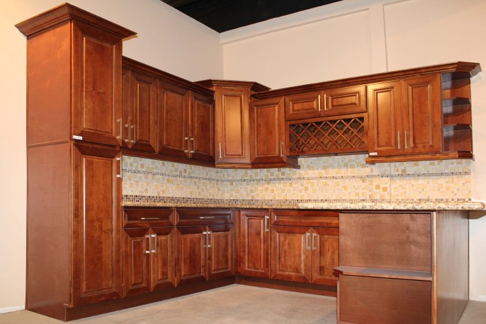 Beautifully Crafted Shaker Kitchen Cabinets